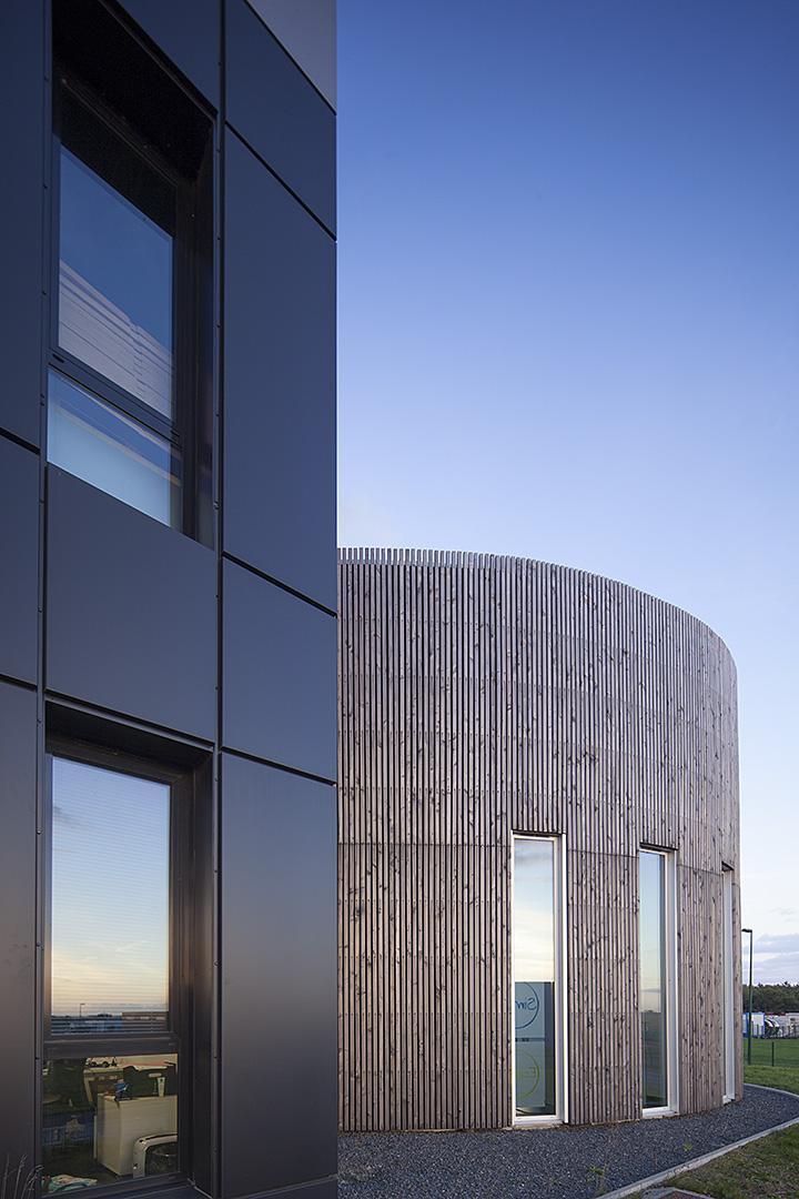 façade bois et acier